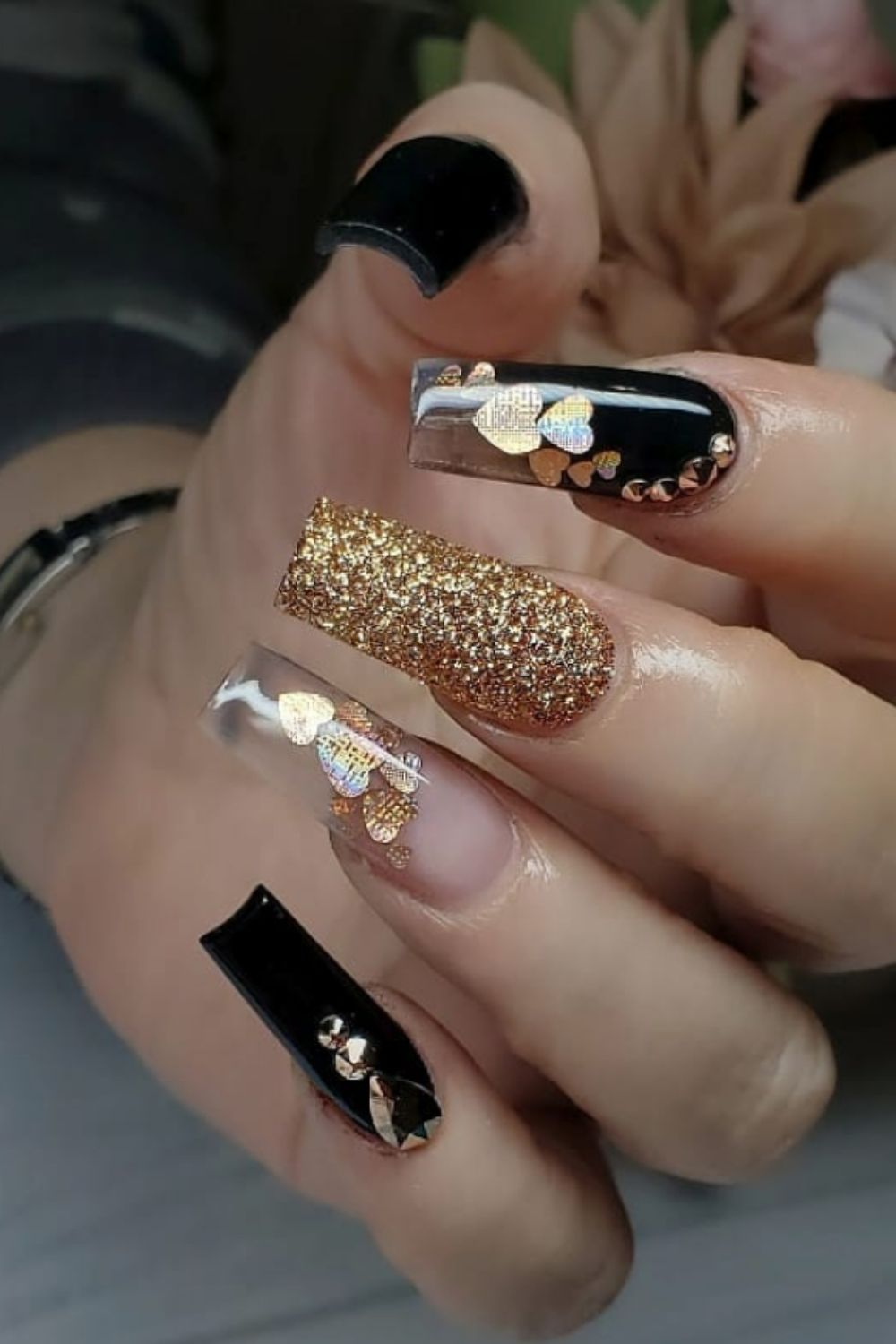Glitter coffin nails for you to make new nails design 2021