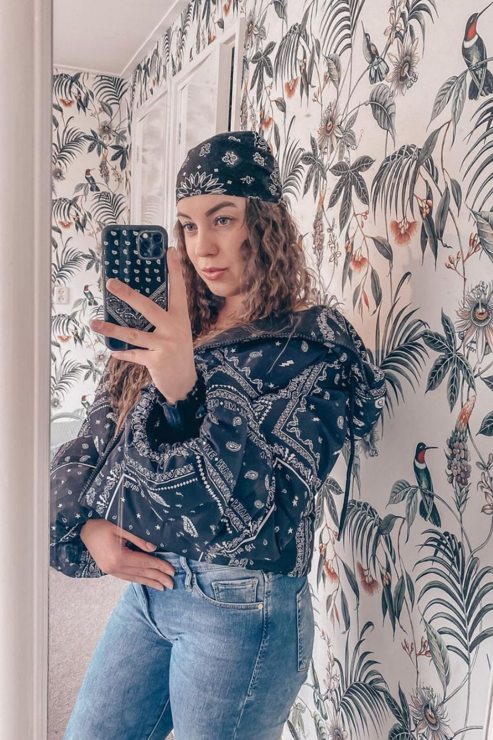 How to style head scarf bandana for women 2021?